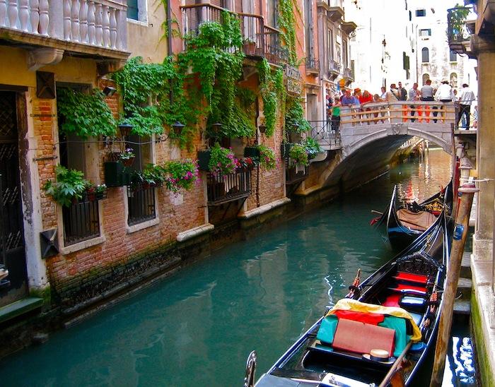 Venice gondola waterway