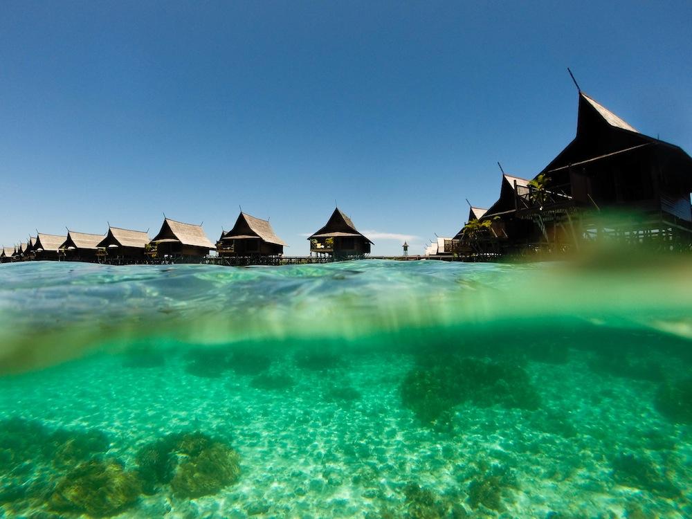 Snorkeling Kapalai island Borneo