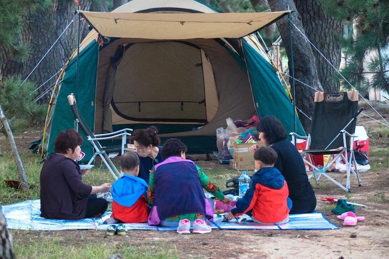 Camping at Narodo beach Goeheung Island