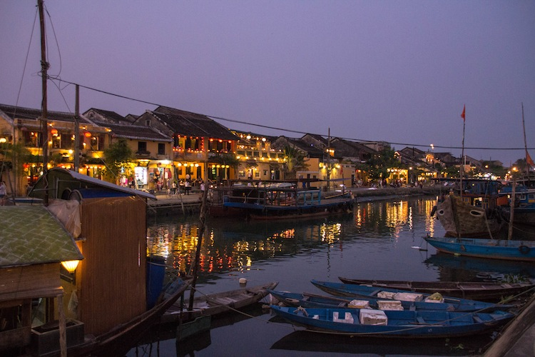 night lights of Hoi An