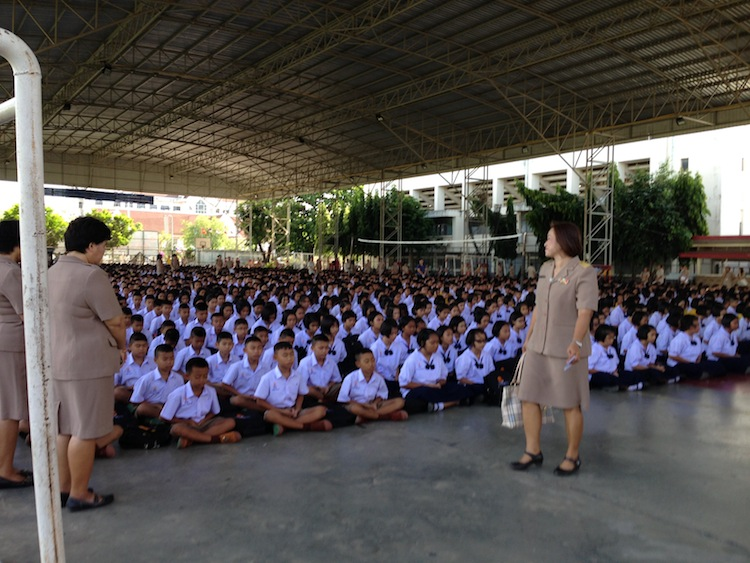 morning meditation Thailand school